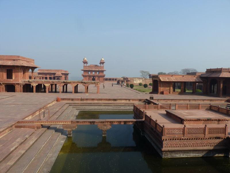 Akbar s palace at fatepur sikri